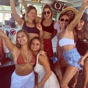 PERTH HENS BOAT CRUISE